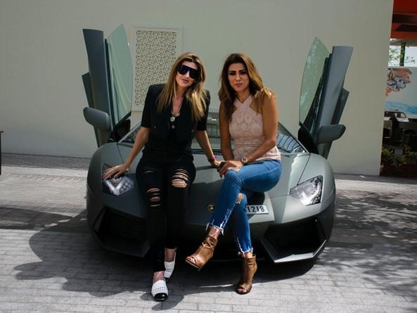 Arabian Gazelles - câu lạc bộ siêu xe cho chị em giàu có