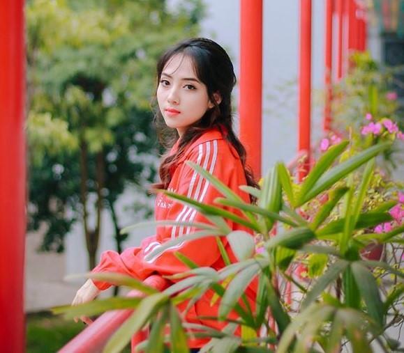 Không chỉ Ngoại Thương, gái Bách Khoa cũng xinh đẹp ăn đứt nữ sinh trường khác-4