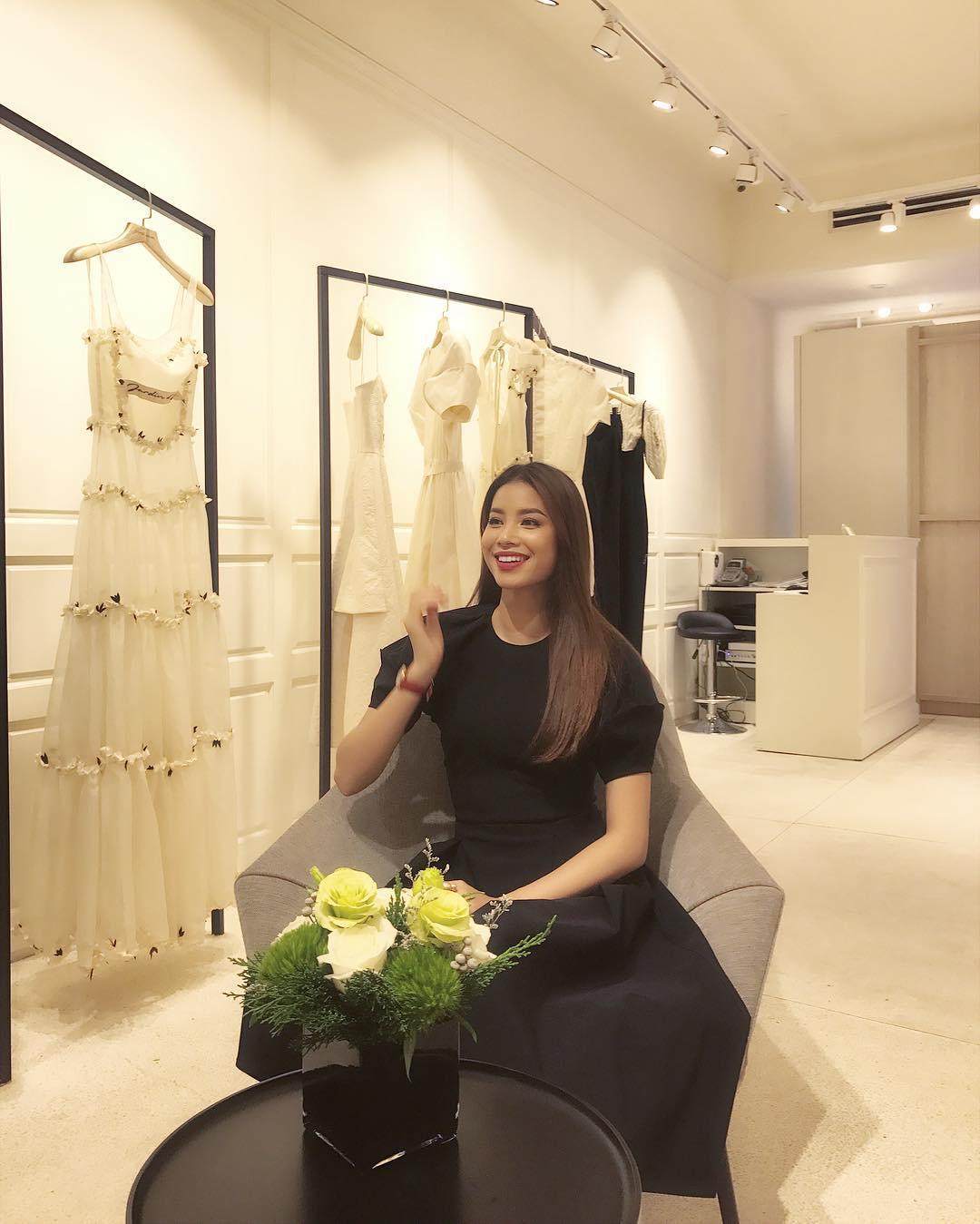Tin sao Việt 23/8: Lê Phương chụp hình chung với chồng mới cưới và tình cũ Quý Bình-5