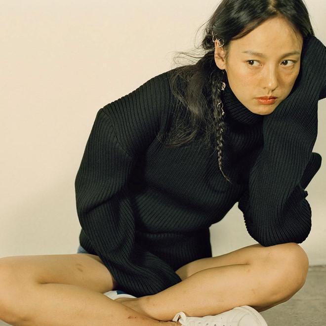 Lee Hyori tự tin khoe mặt mộc trên tạp chí-1