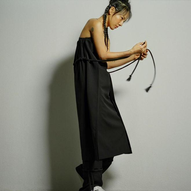 Lee Hyori tự tin khoe mặt mộc trên tạp chí-5