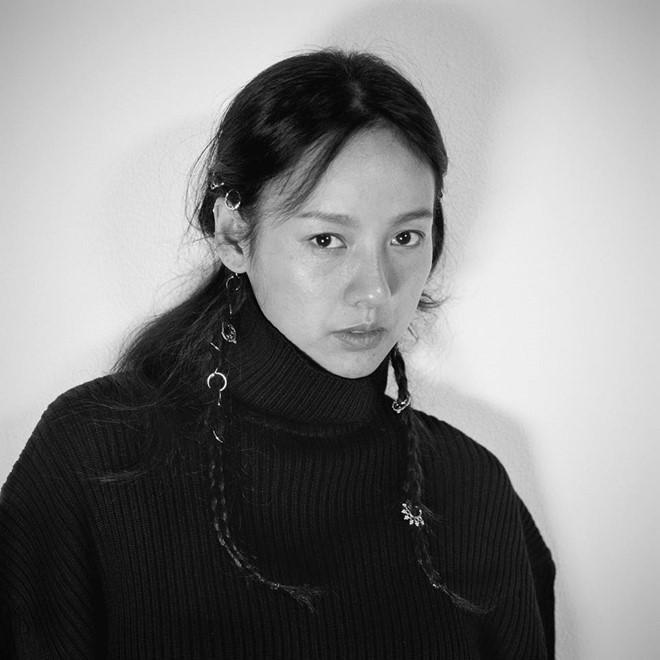 Lee Hyori tự tin khoe mặt mộc trên tạp chí-6