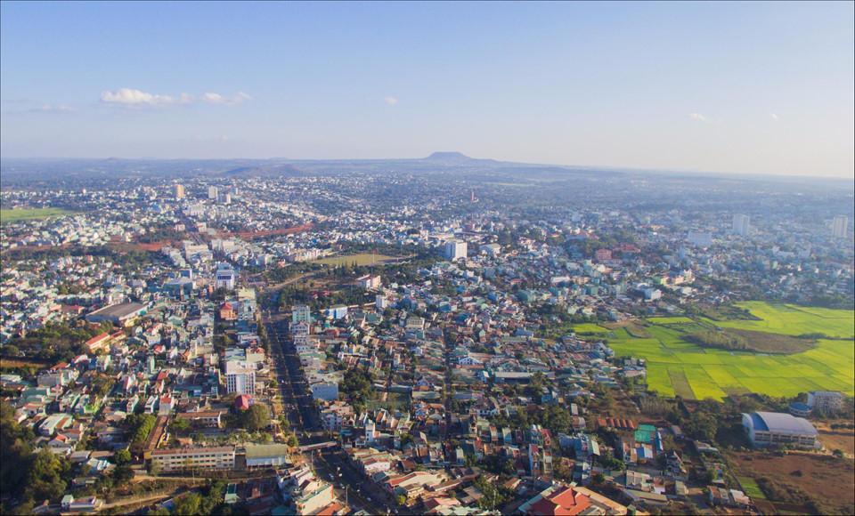 Phố núi Gia Lai đẹp hùng vĩ trong ảnh Dấu ấn Việt Nam-2