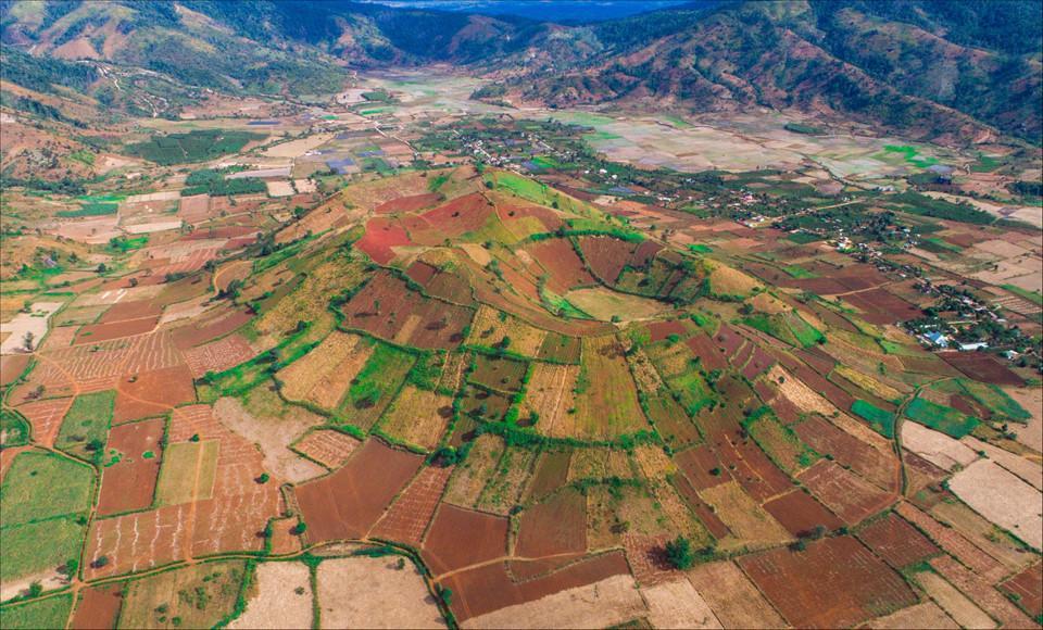 Phố núi Gia Lai đẹp hùng vĩ trong ảnh Dấu ấn Việt Nam-8
