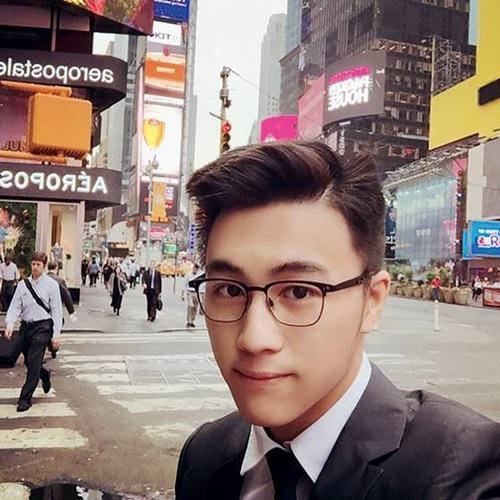 Sau Vương Tư Thông, Trung Quốc có thêm thế hệ thiếu gia mới nổi đúng chuẩn đẹp trai, con nhà giàu, học giỏi-11