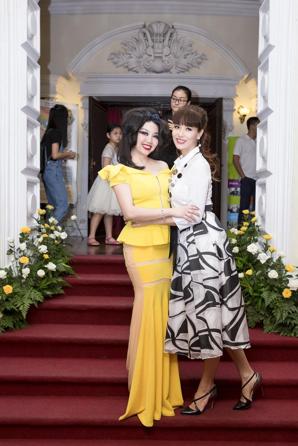 NTK Quỳnh Paris – chủ nhân loạt thiết kế tuyệt đẹp trong vở diễn Con dơi-5