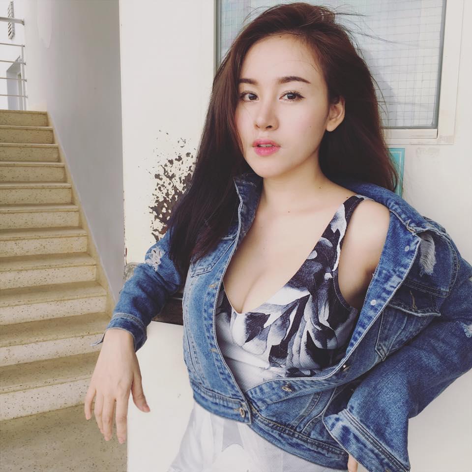 Bức ảnh HOT nhất trong ngày: Bà Tưng xuất hiện với chiếc cằm như muốn rụng-11