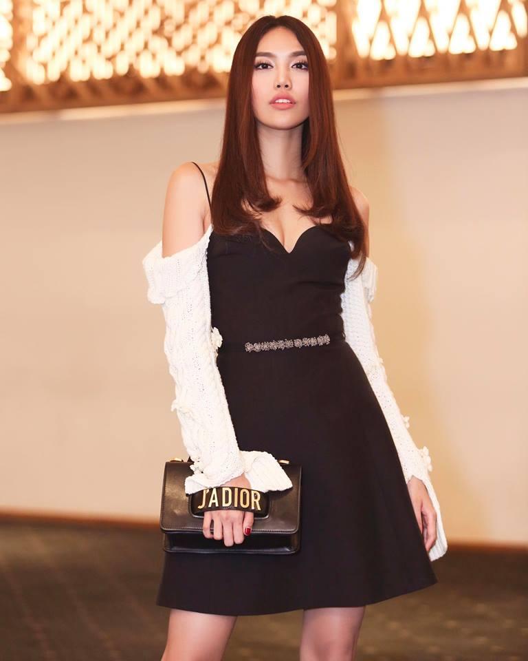 Phi Thanh Vân khoe vòng 1 ngồn ngộn, Mlee mặc váy vóc rườm rà lọt top sao xấu tuần này-6