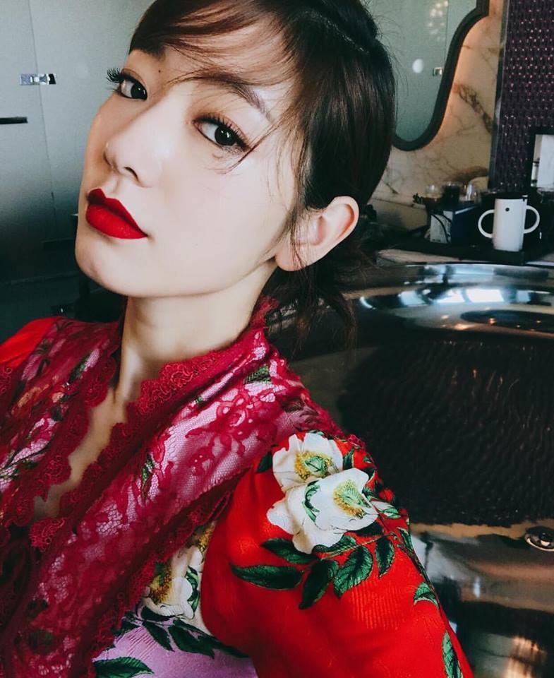 Dara lên đồ cực chất, đứng top 1 sao mặc đẹp trong street style tuần này-8