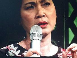 'Mẹ chồng' Lan Hương khóc vì thuốc ung thư giả
