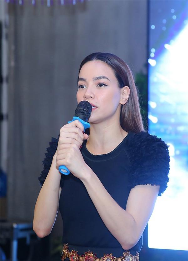 Tên Thủy Tiên sáng nhất showbiz tuần qua khi tuyên bố SEA Games chỉ là giải đấu hội làng-6