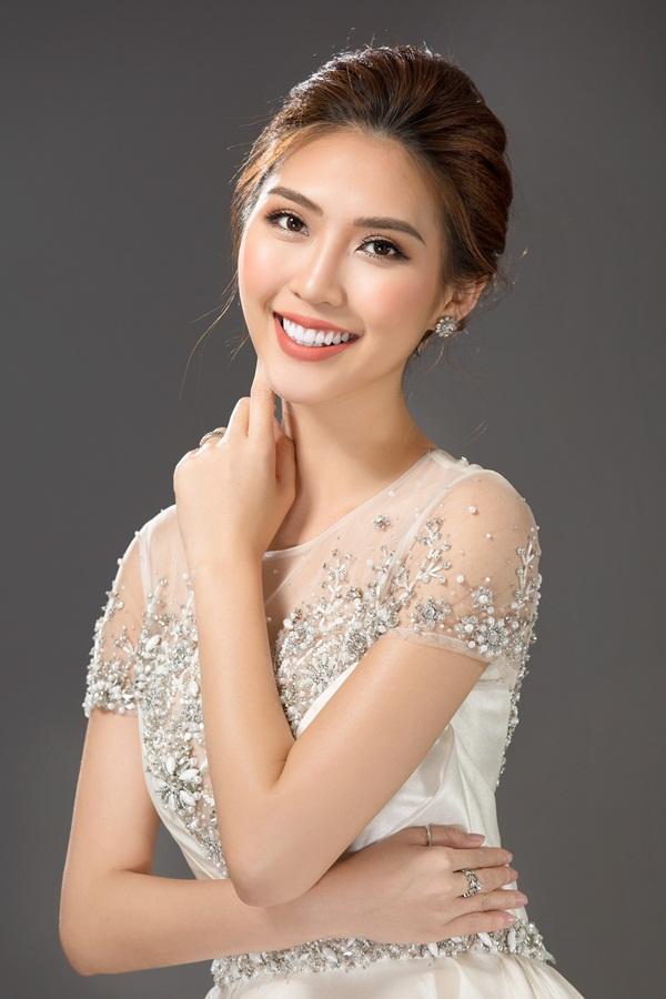 Vừa ẵm giải Á quân The Face, Tường Linh tiếp tục chinh chiến Hoa hậu Liên lục địa 2017-3