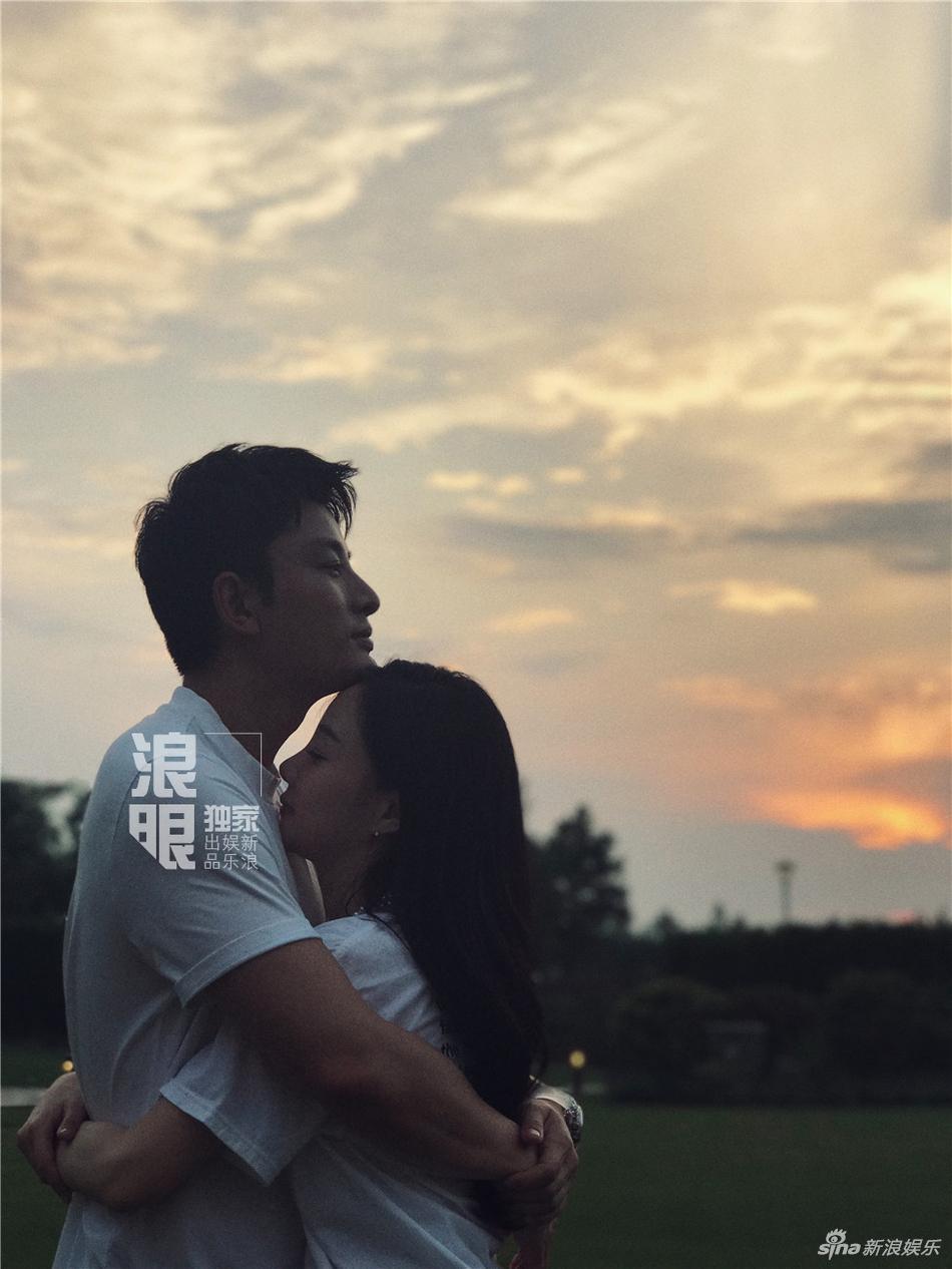 Showbiz Hoa ngữ sẽ biết ơn Giả Nãi Lượng - Lý Tiểu Lộ nhờ cuộc hôn nhân vạn người ngưỡng mộ-2