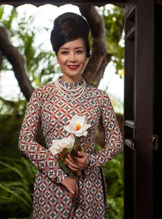 Bí mật vòng eo không tưởng dù đã lên chức bà ngoại của diễn viên Chiều Xuân-5