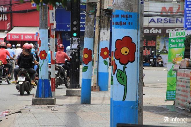 Những nắp cống 'nở hoa' thu hút hàng nghìn lượt theo dõi của cư dân mạng-1