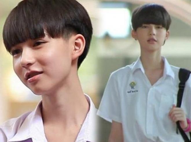 Tân Hoa hậu chuyển giới Thái Lan gây bất ngờ với ảnh quá khứ vì bị đồn đập mặt xây lại-2