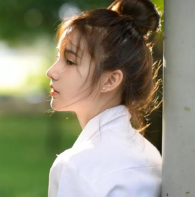 Tân Hoa hậu chuyển giới Thái Lan gây bất ngờ với ảnh quá khứ vì bị đồn đập mặt xây lại-7