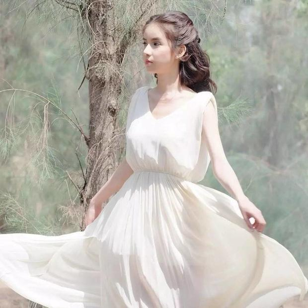Tân Hoa hậu chuyển giới Thái Lan gây bất ngờ với ảnh quá khứ vì bị đồn đập mặt xây lại-8