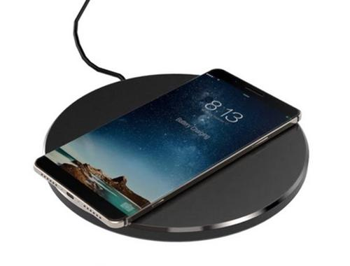iPhone 8 hỗ trợ sạc không dây tốc độ chậm-1