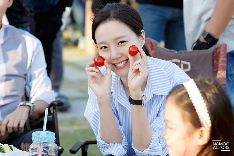 Sao Hàn 29/8: Nam diễn viên gạo cội xin lỗi vì chê nữ thần sexy Seolhyun là... não rỗng-3