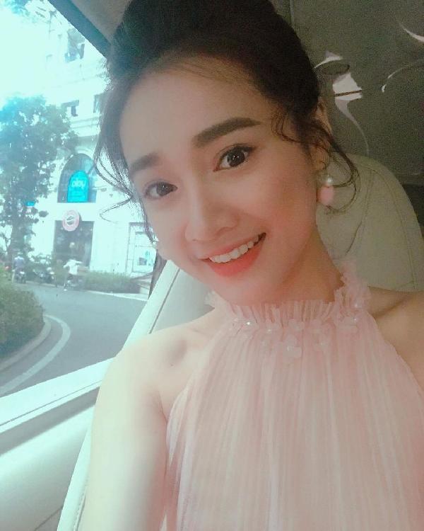 Tin sao Việt 29/8: Linh Chi hào hứng đón niềm vui - Lý Phương Châu than vãn cô đơn quá-9