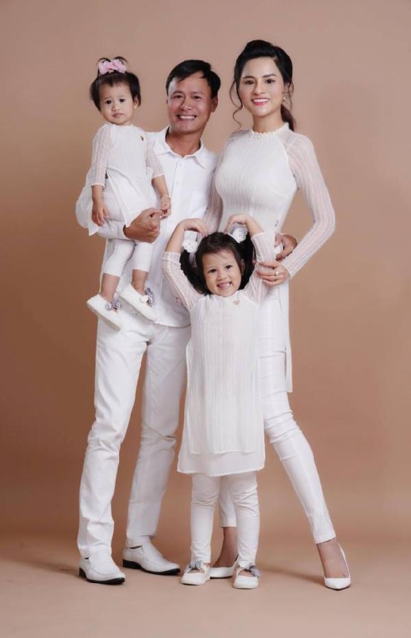 Tin sao Việt 29/8: Linh Chi hào hứng đón niềm vui - Lý Phương Châu than vãn cô đơn quá-10