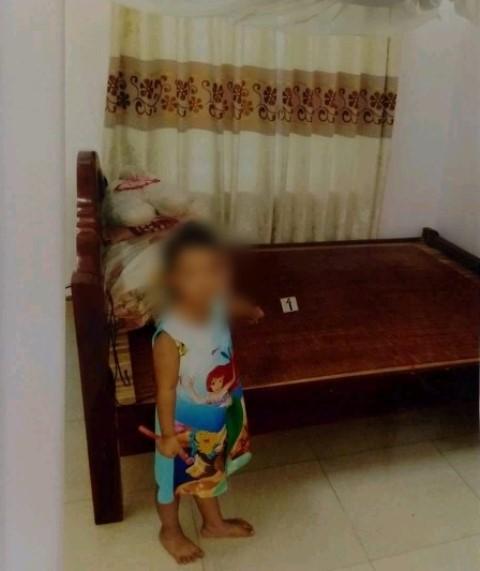 Hành trình tìm công lý của người bố có con gái 3 tuổi bị lão hàng xóm 79 tuổi hiếp dâm-3