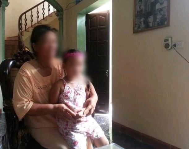 Hành trình tìm công lý của người bố có con gái 3 tuổi bị lão hàng xóm 79 tuổi hiếp dâm-7