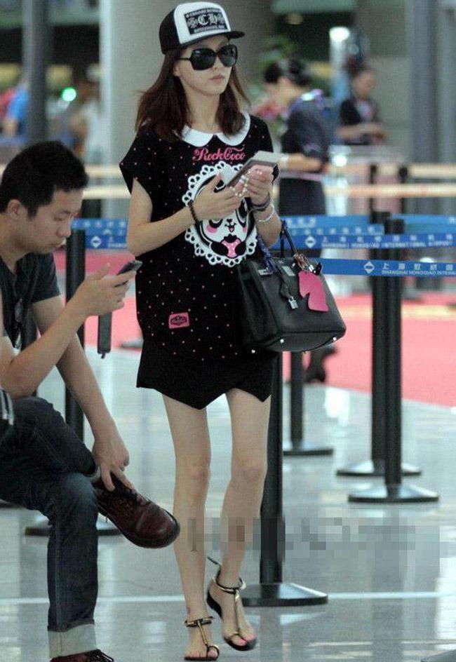 Nhiều khi phụ nữ béo không xấu, mà gầy mặc đồ mới thành thảm thê-9
