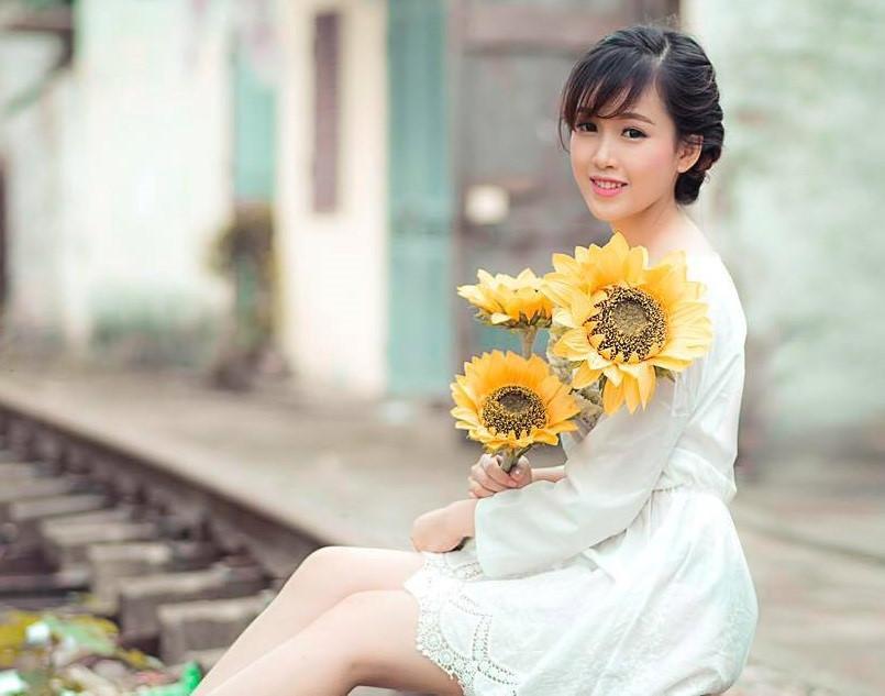Hoa khôi Đại học Kinh tế Quốc dân vừa xinh đẹp vừa học giỏi-3