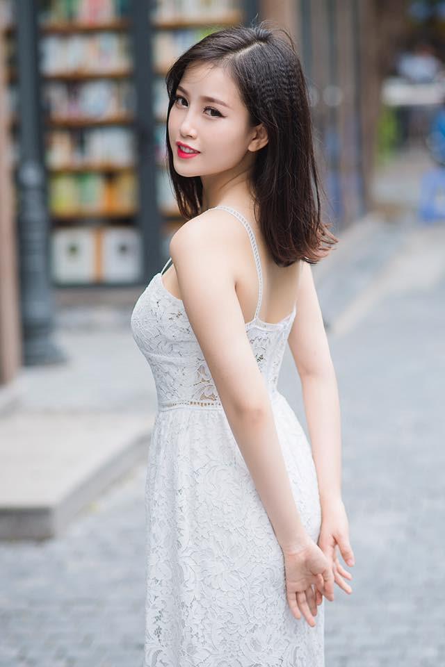 Hoa khôi Đại học Kinh tế Quốc dân vừa xinh đẹp vừa học giỏi-5