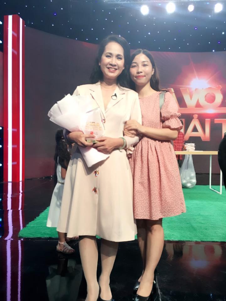 Tuổi 56, bà mẹ chồng giỏi ăn hiếp con dâu nhất Việt Nam vẫn mặc gì cũng được khen đẹp-8