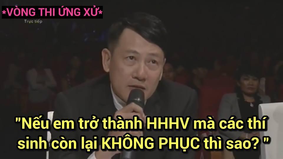 Ảnh chế Hoàng Thùy thi Hoa hậu Hoàn vũ Việt Nam mặc váy hoa dâm bụt và ứng xử bằng ca dao-8