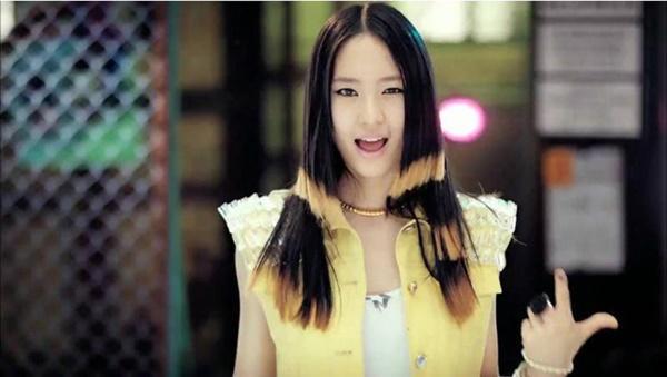 Chắc vì chọc giận stylist tóc nên nhiều sao Hàn mới phải ăn quả đắng thế này-3