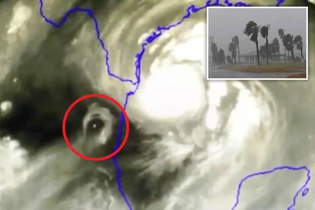 Xuất hiện vật thể bí ẩn bên cạnh siêu bão thập kỷ Harvey-1