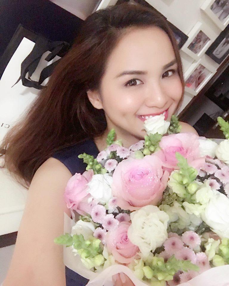 Tin sao Việt 31/8: Sau nghi vấn gương vỡ lại lành, Linh Chi khẳng định hiện tại chỉ có công việc-7