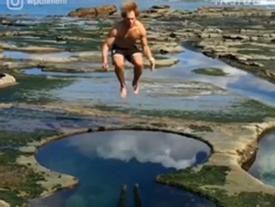 Khoái chí đùa nghịch tại hồ bơi hình số 8 có một không hai