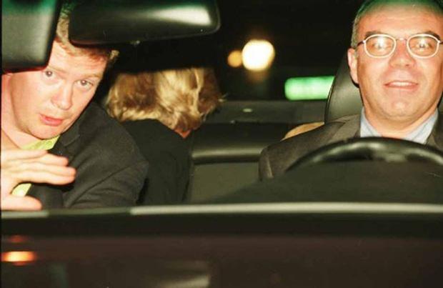 Những giả thiết xung quanh sự ra đi đột ngột của Công nương Diana đúng 20 năm về trước-2