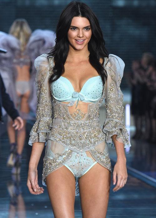 HOT: Kendall Jenner xác nhận không quẩy Victorias Secret Show cùng chị em Gigi-Bella-7