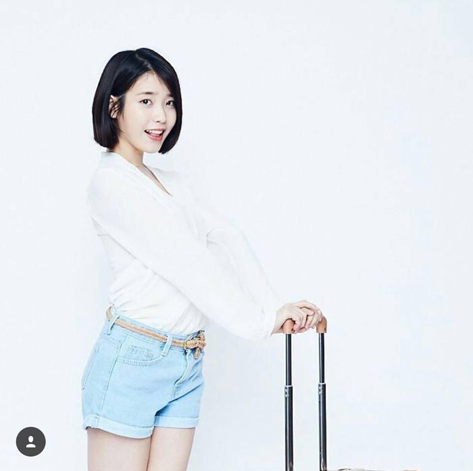 Street style tuần qua của tiên nữ cử tạ Kim Bok Joo nữ tính nhất dàn mỹ nhân Hàn-4
