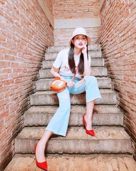 Sao Việt vi vu Lễ 2/9: bộ tứ The Face rủ nhau mua sắm, Hương Tràm - Tiên Cookie mỗi người một nơi-10