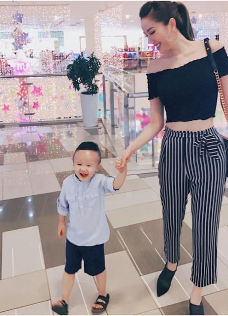 Sao Việt vi vu Lễ 2/9: bộ tứ The Face rủ nhau mua sắm, Hương Tràm - Tiên Cookie mỗi người một nơi-8