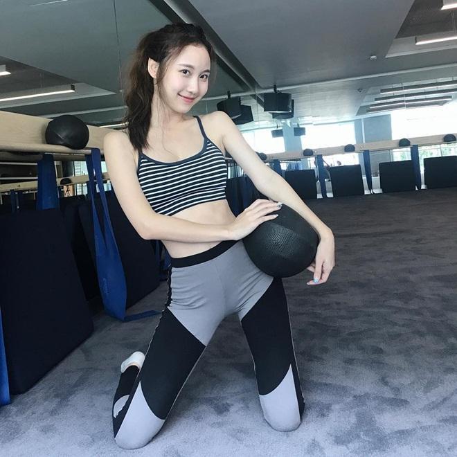 Vẻ đẹp được ví như bông tuyết của hot girl hoàn mỹ Thái Lan-6