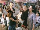 Ly Kute đăng loạt ảnh đáng yêu của Khoai Tây khi lên chùa làm lễ Vu Lan