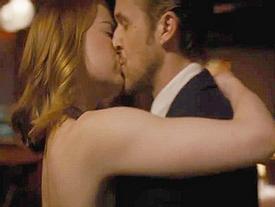Những nụ hôn 'cháy màn ảnh' của mỹ nhân kiếm được 572 tỷ đồng năm 2017