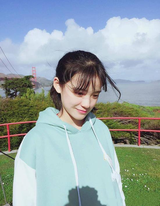 Nhan sắc đẹp xuất sắc của cô nàng lọt top 10 nữ sinh xinh đẹp nhất Trung Quốc-3