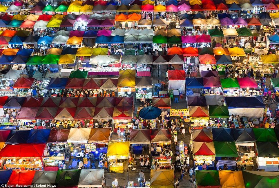 Chợ đêm khổng lồ ở Thái Lan-3