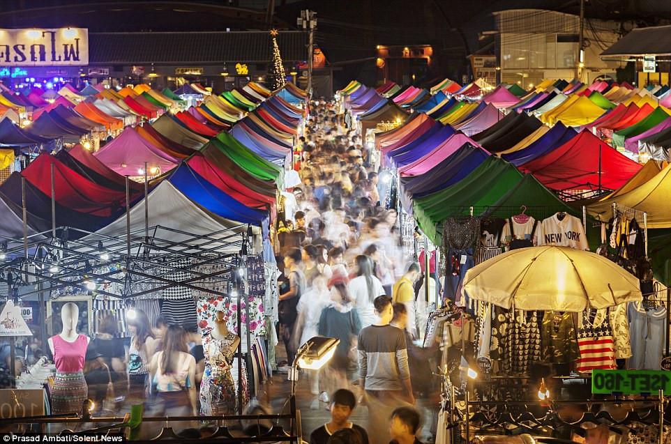 Chợ đêm khổng lồ ở Thái Lan-9