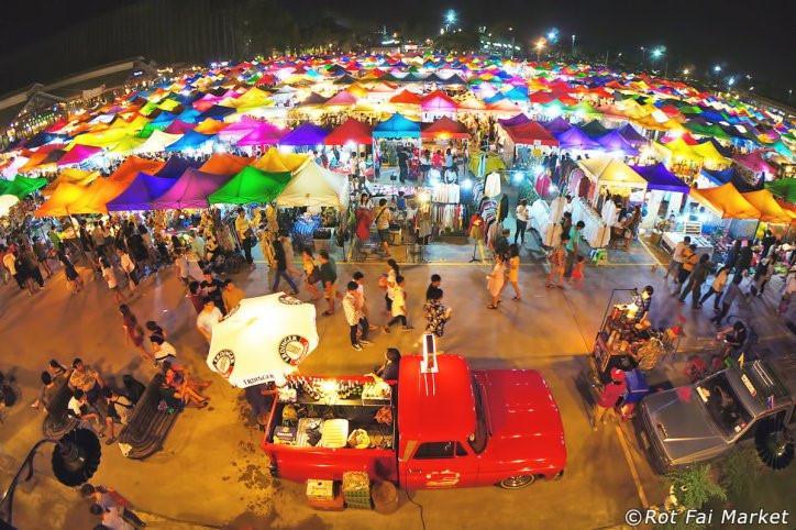 Chợ đêm khổng lồ ở Thái Lan-10
