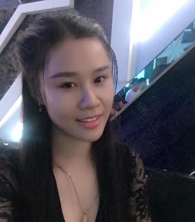 Fan giật mình nhận ra vợ mới kém 10 tuổi của Vân Quang Long quá giống Lê Phương-6